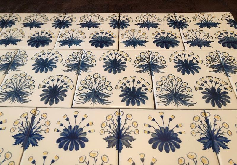 Evolution of Daisies tiles