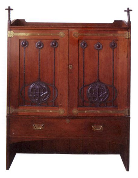 Charles Rennie Macintosh linen press (Glasgow style)