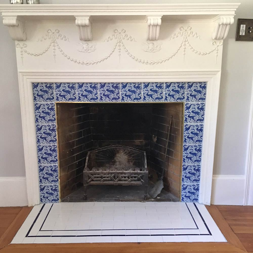 Fireplace with fantastic duck tiles