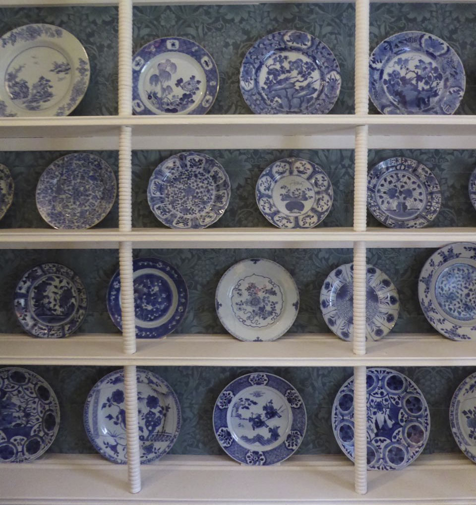 William and Jane Morris, Kelmscott blue and white china collection