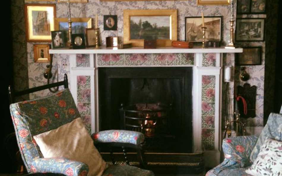 William Morris Poppy tiles installed in a fireplace at Emery Walker House, Hammersmith