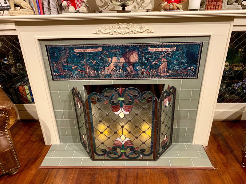 William Morris The Forest backsplash tiles, dark charcoal grout