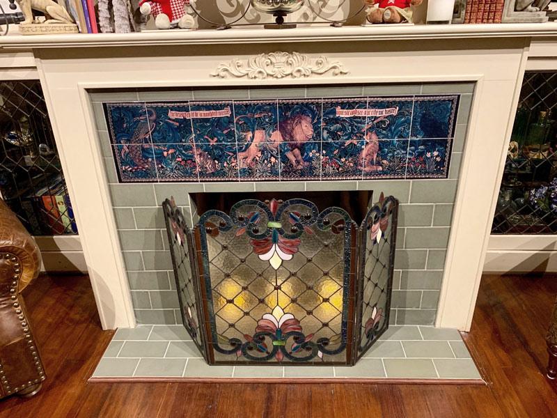 William Morris The Forest backsplash tiles, light grout